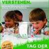 Poster advertising the open house at Kompetenz Zentrum Straubing (two children at experiment)